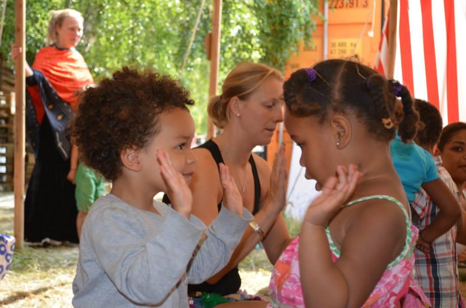 Jungletrommer Og Dans For Børn 2-3 år