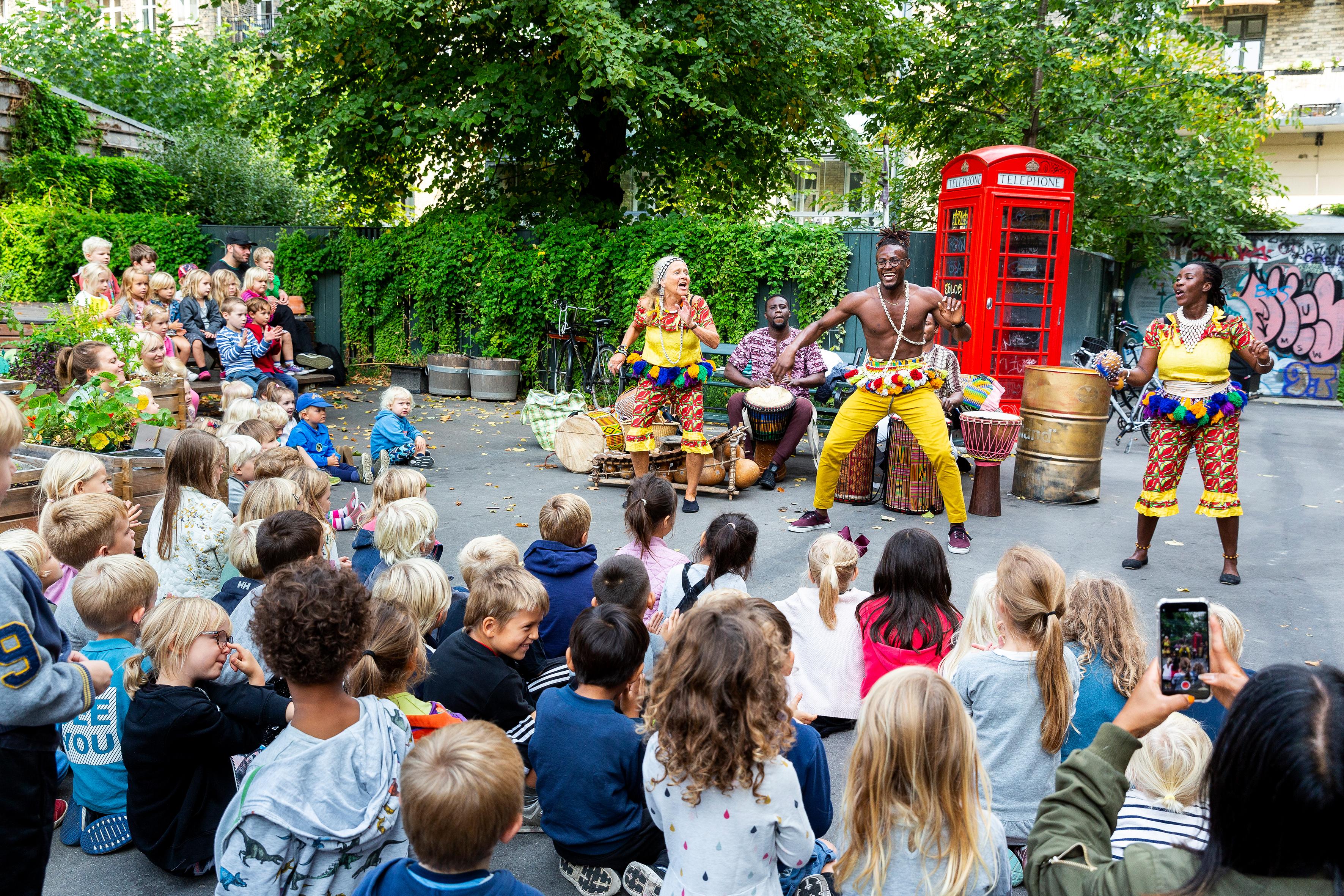 Jungletrommer Og Dans For Børn For BH-skolebørn